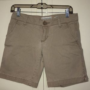 Aeropostle kaki shorts